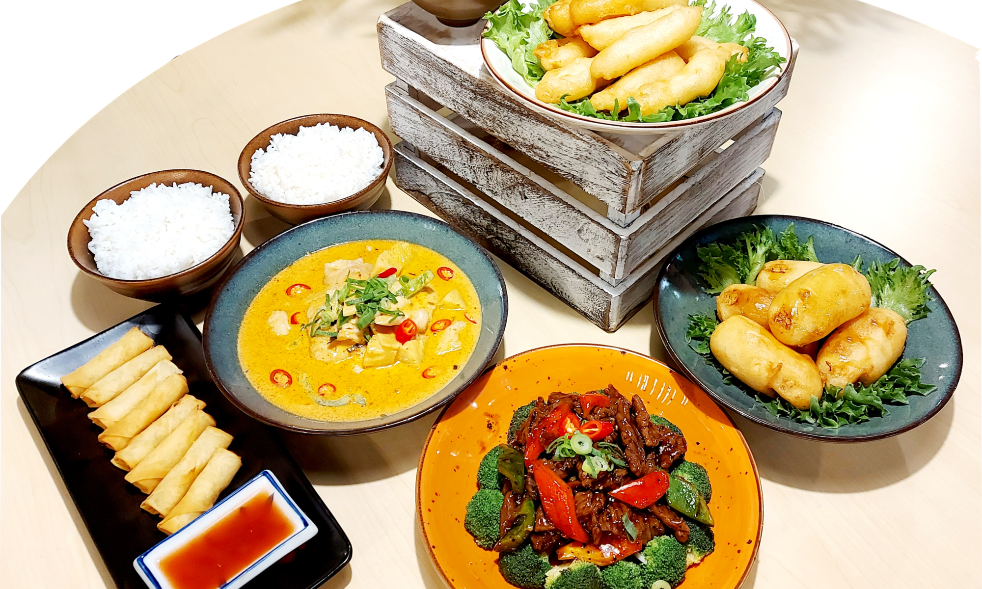 Family wok setti tarjous 45€